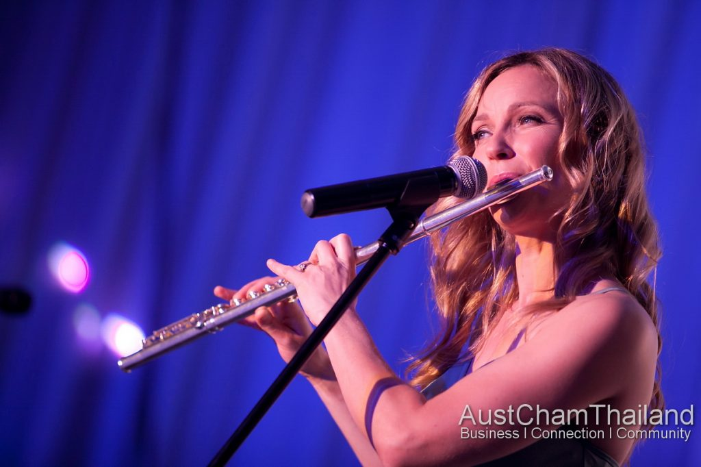 Beautiful Flute player Ailsa Woods from famous Queenstown Band LA Social