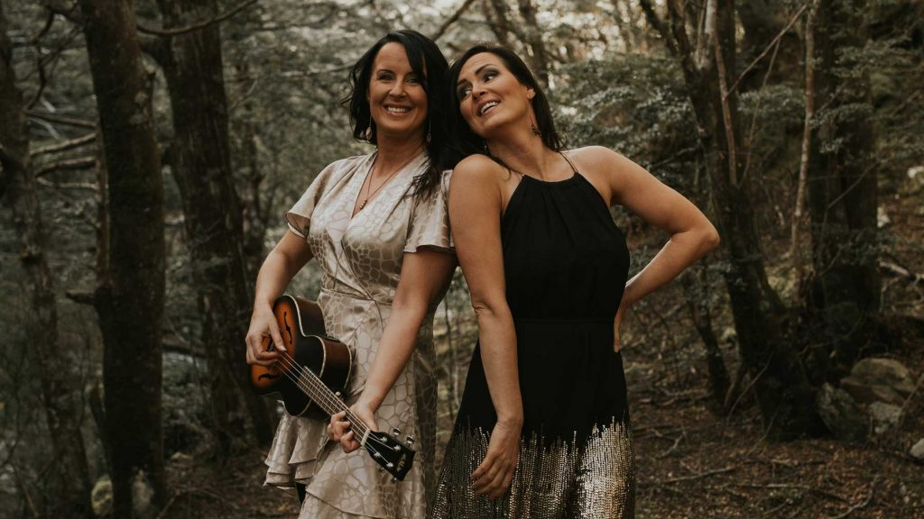 2 Rustic Wedding Band Singers from Queenstown in the native Forest